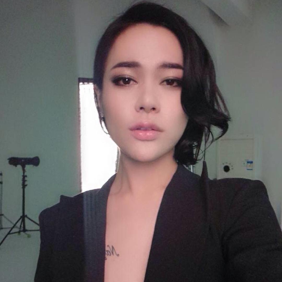 Miss Lena YZ头像